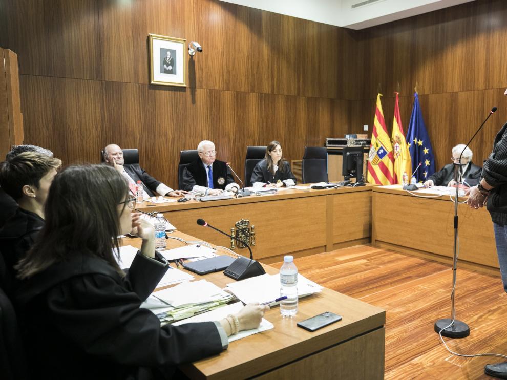 El acusado, durante el juicio celebrado el pasado 24 de abril en la Audiencia de Zaragoza.
