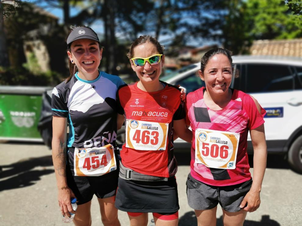 Podio femenino de la Traschinepro Trail, celebrada el pasado domingo en Caldearenas