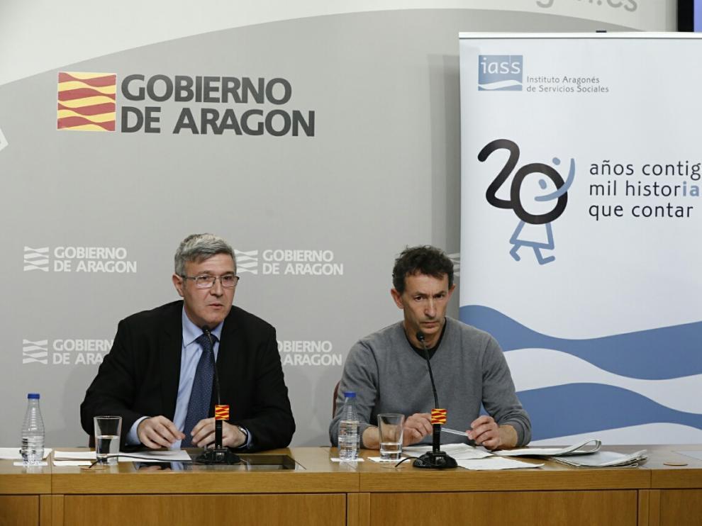 Joaquín Santos y Óscar Embid, este lunes, en rueda de prensa.