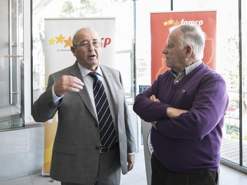 Los alcaldes de Plasencia y Alforque, en el homenaje que les hizo la FAMPC