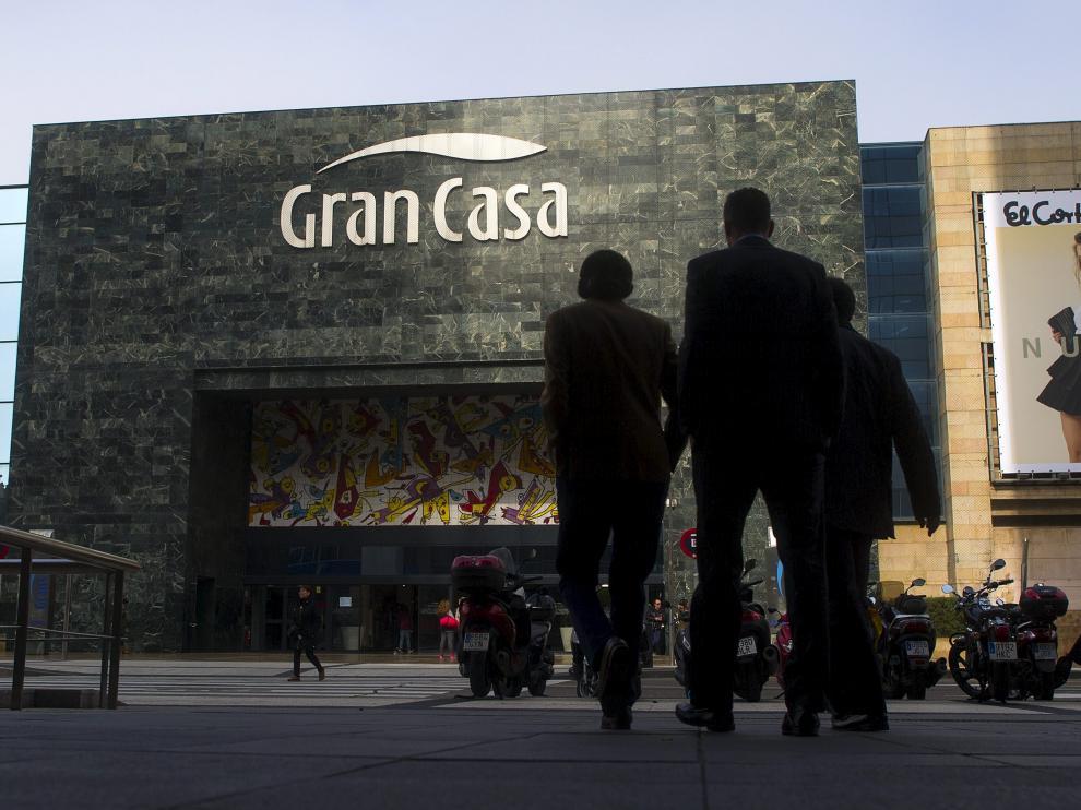 4e9295b784f7 El Corte Inglés de Grancasa en Zaragoza se reconvertirá en 'outlet ...
