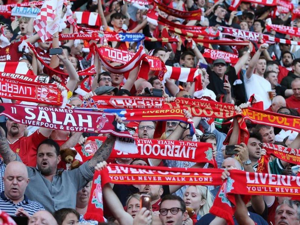 Aficionados del Liverpool, en un choque reciente.