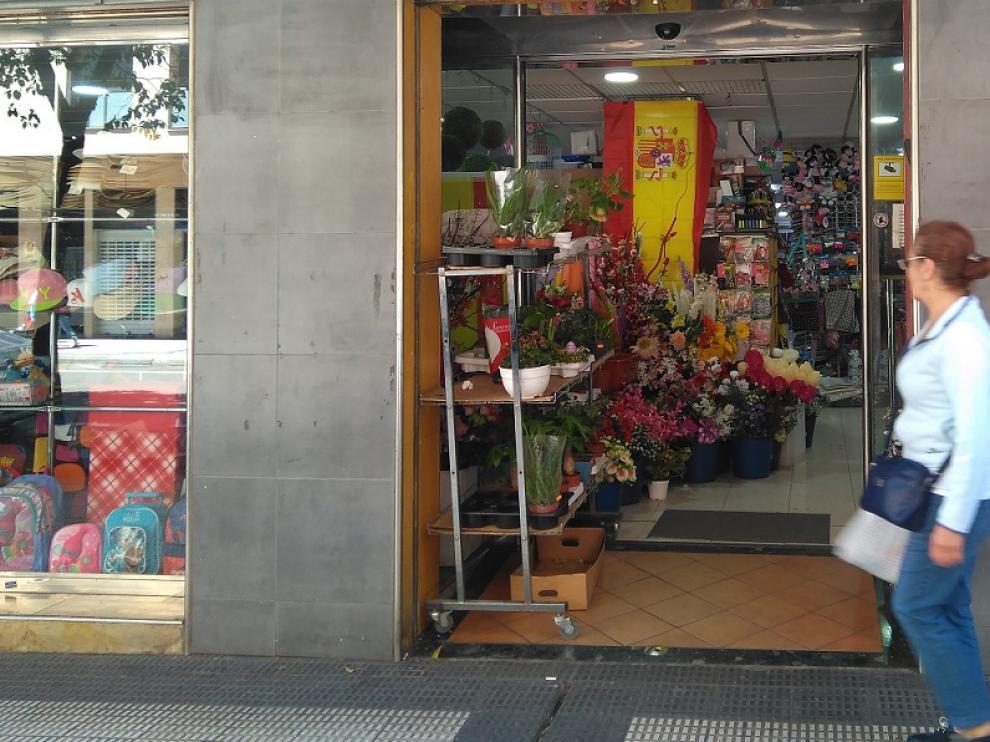 Las banderas españolas son uno de los productos estrella en los bazares chinos.