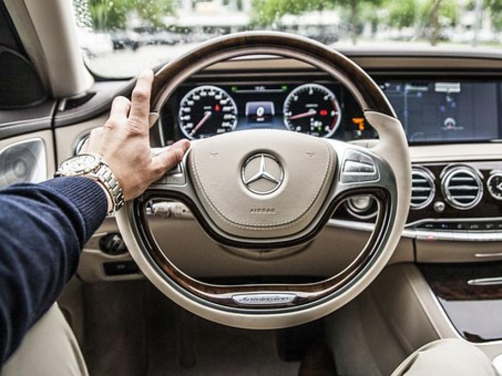 Foto de archivo de un Mercedes Benz