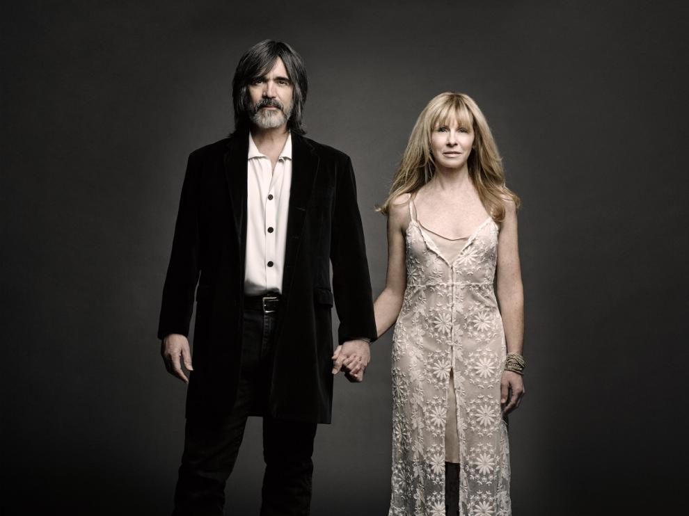 Larry Campbell y Teresa Williams unirán hoy sus voces y guitarras