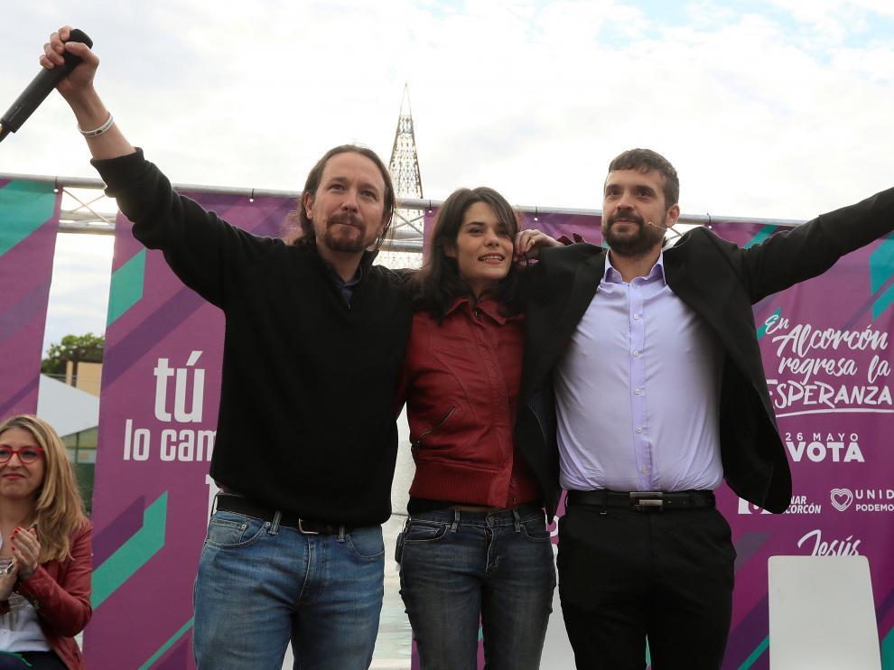 Pablo Iglesias, Isa Serra y Jesús Santos en un acto de campaña de Unidas Podemos en Madrid.