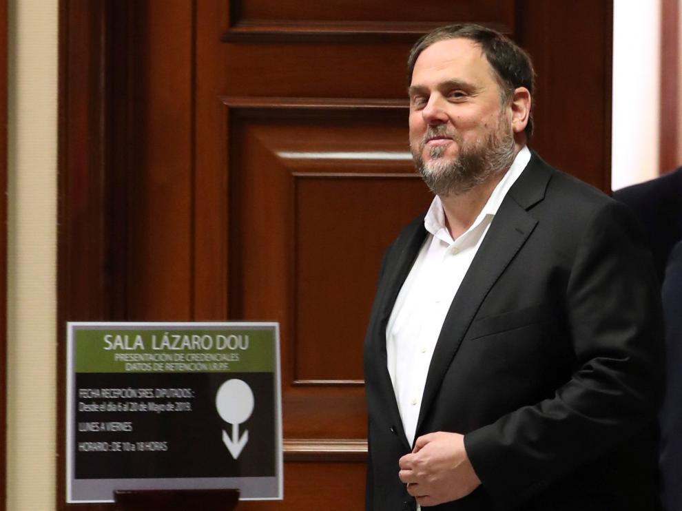 Diputados electos catalanes presos en el Congreso