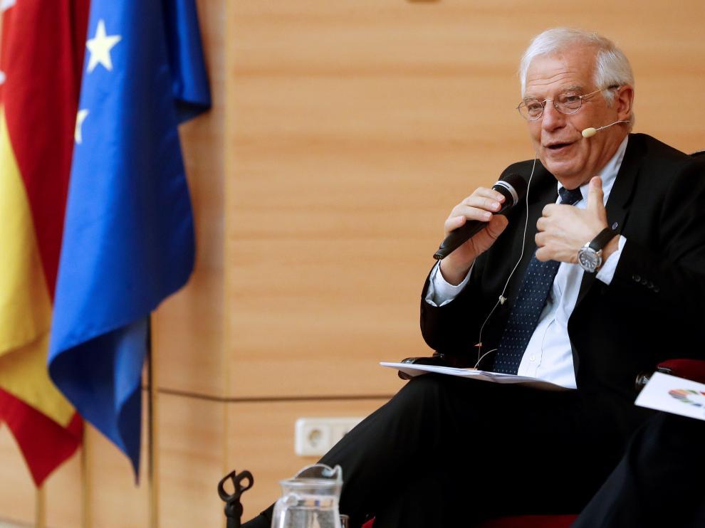 El ministro de Asuntos Exteriores, Josep Borrell, interviene en un encuentro con la juventud sobre el futuro de Europa.