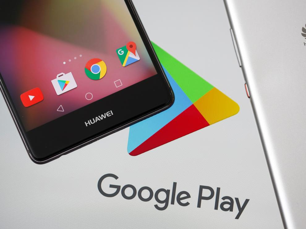 Huawei smartphones are seen in front of displayed Google Play logo in this illustration picture taken May 20, 2019. REUTERS/Dado Ruvic/Illustration [[[REUTERS VOCENTO]]] HUAWEI TECH-USA/ANDROID