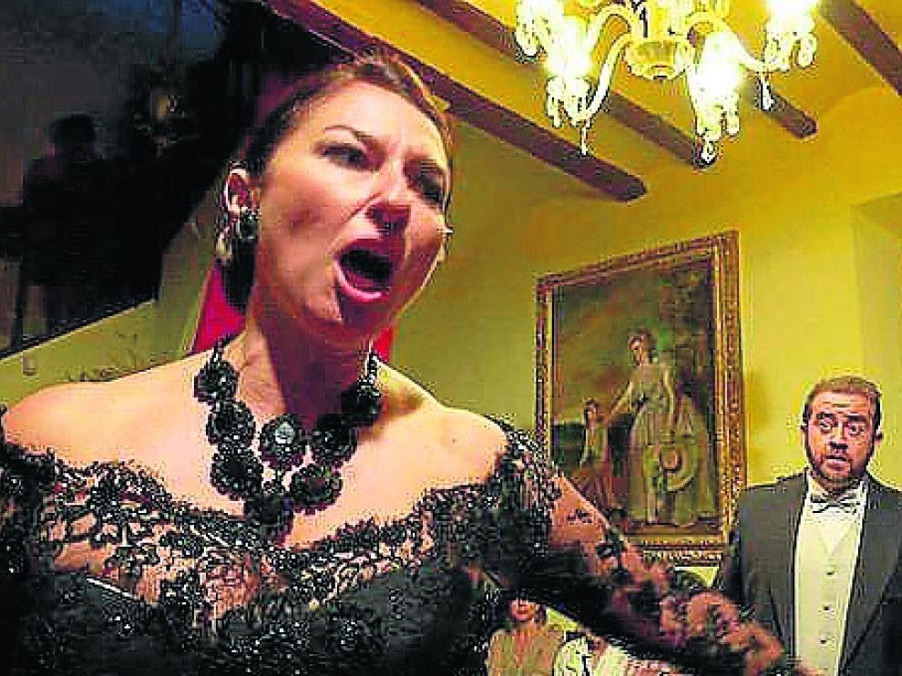 Montserrat Martí canta 'La Traviata' con Fernando Álvarez.