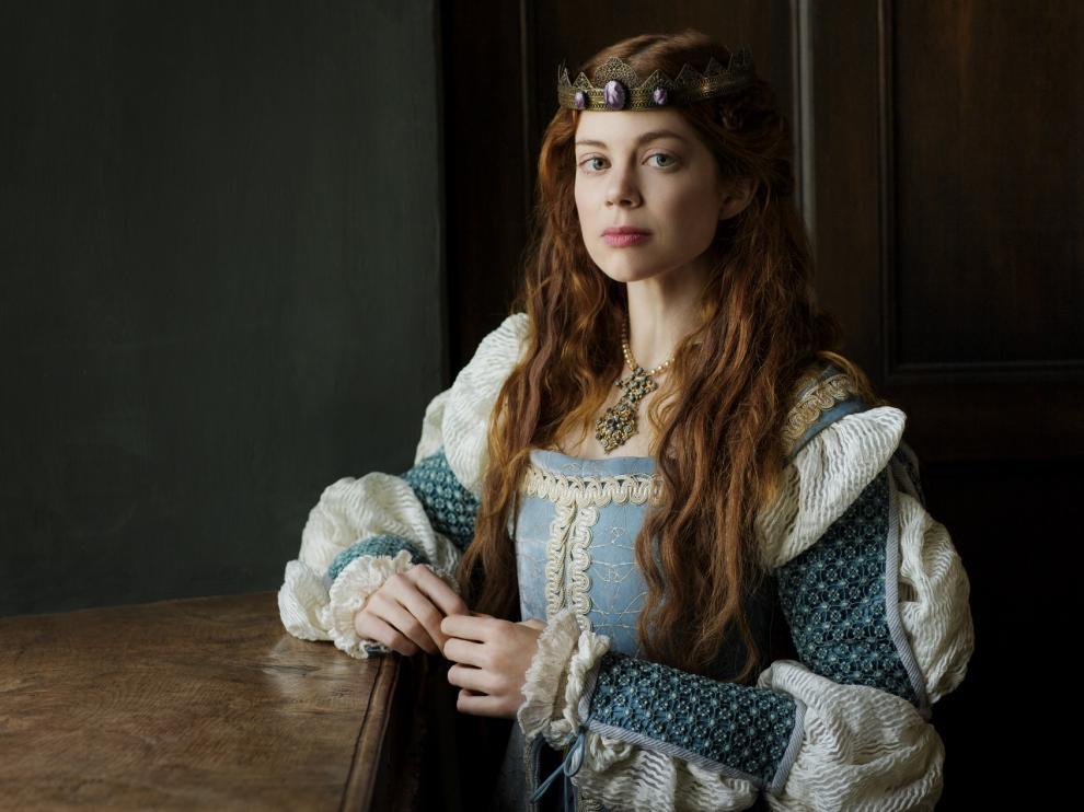 Charlotte Hope, caracterizada como Catalina de Aragón, en la serie que sobre la princesa española emite la cadena HBO.