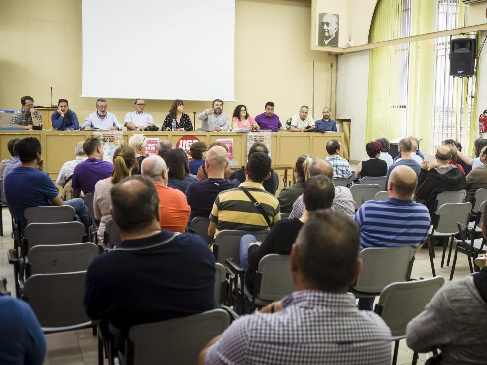 Imagen de la asamblea realizada hace dos años para la negociación de este mismo convenio.