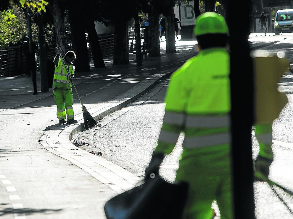 La contrata de limpieza de las calles, ahora en manos de FCC, expira el año que viene.