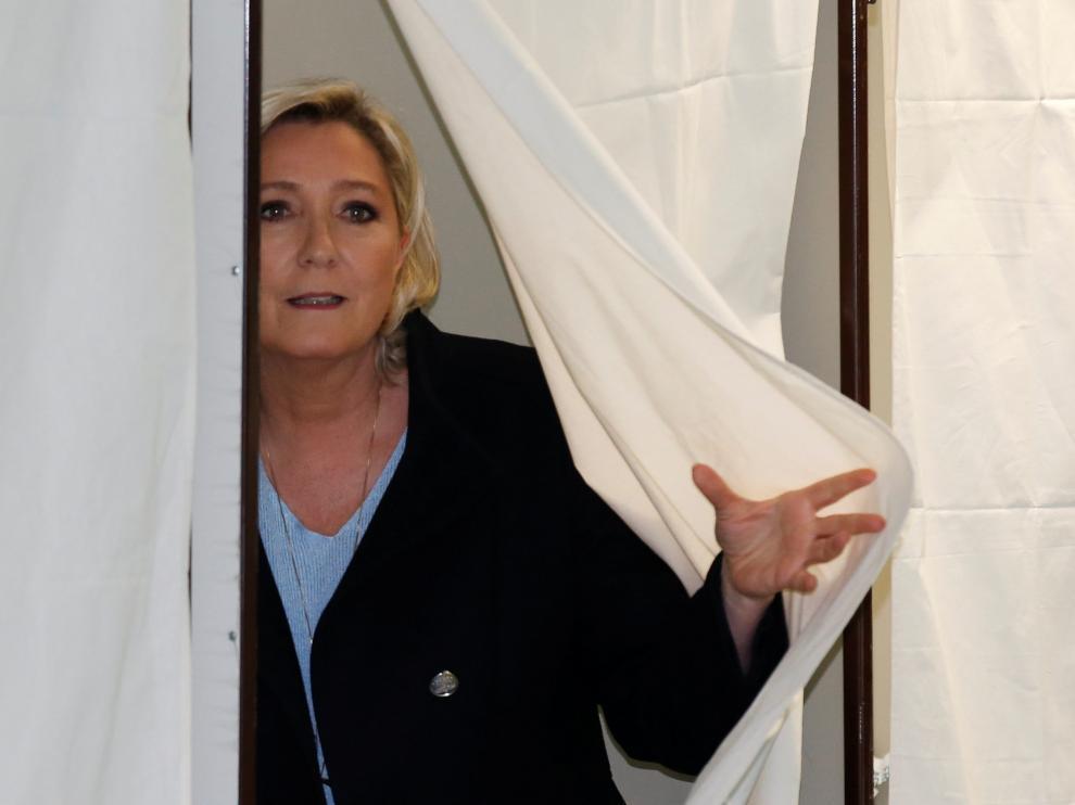 Marine Le Pen ha votado este domingo en Francia