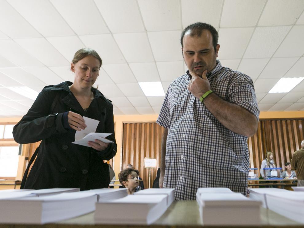 ARAGON VOTACIONES ELECCIONES MUNICIPALES, AUTONOMICAS Y EUROPEASCOLEGIO LA SALLE / 26-05-2019 / FOTO: ARANZAZU NAVARRO [[[FOTOGRAFOS]]]