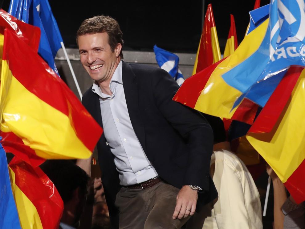 El líder del PP, Pablo Casado, comparece en Madrid tras conocerse los resultados.