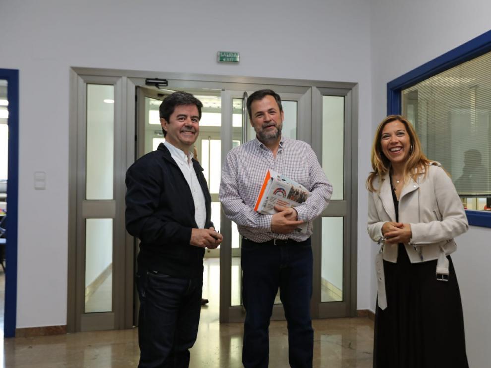 Luis Felipe (PSOE), José Luis Cadena (Cs) y Ana Alós (PP).