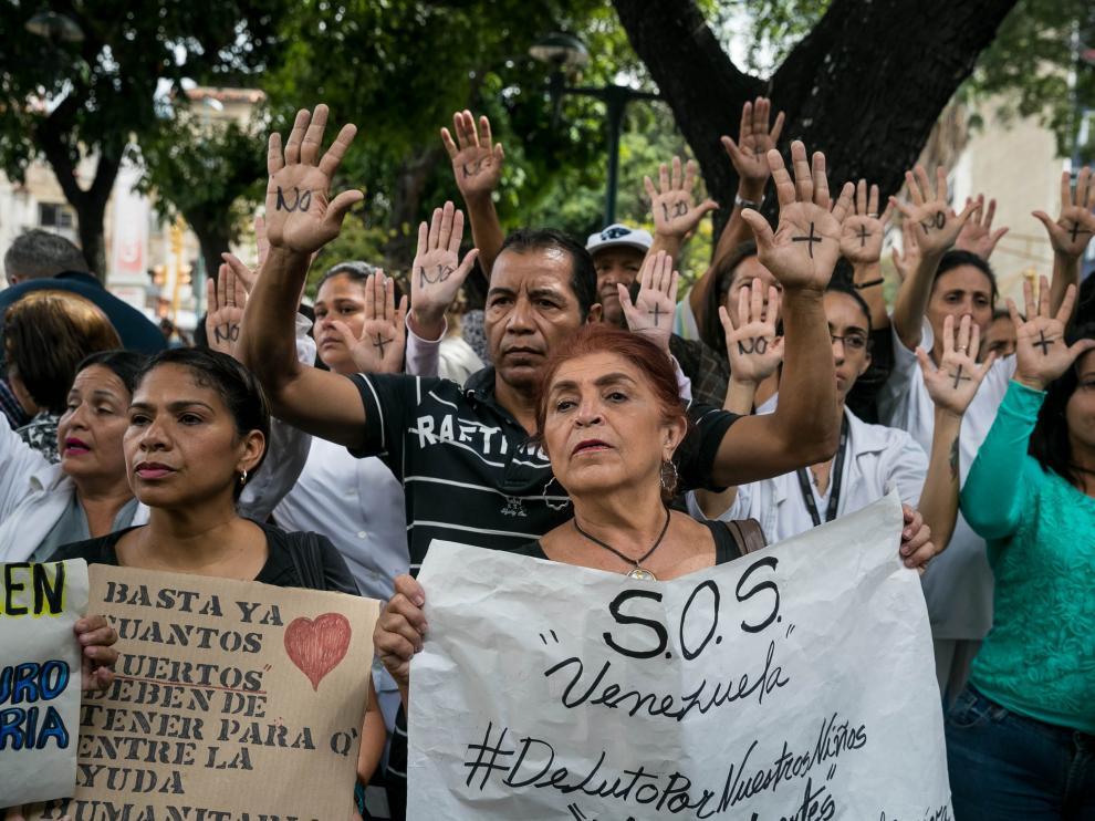 Protestas en Caracas (Venezuela) por la falta de trasplantes y tratamientos médicos.