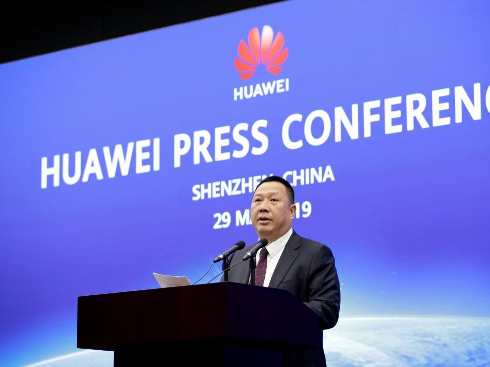 El director legal de Huawei, Song Liuping, en una conferencia de prensa.