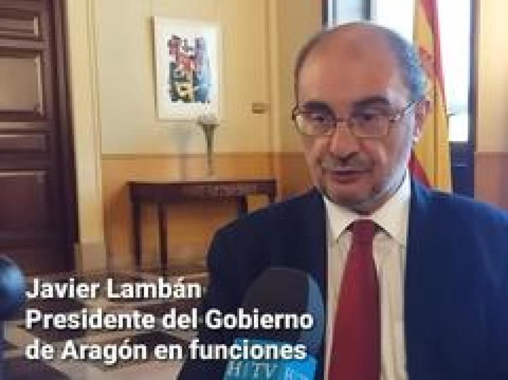 """Javier Lambán, presidente en funciones del Gobierno de Aragón, tilda de """"valiente"""" el gesto del PAR anunciando su posición de negativa a pactar con el bloque de la derecha, """"situación que lo convierte -al PAR- en un elemento imprescindible en el futuro gobierno transversal"""", dice Lambán, del que excluye a Vox."""