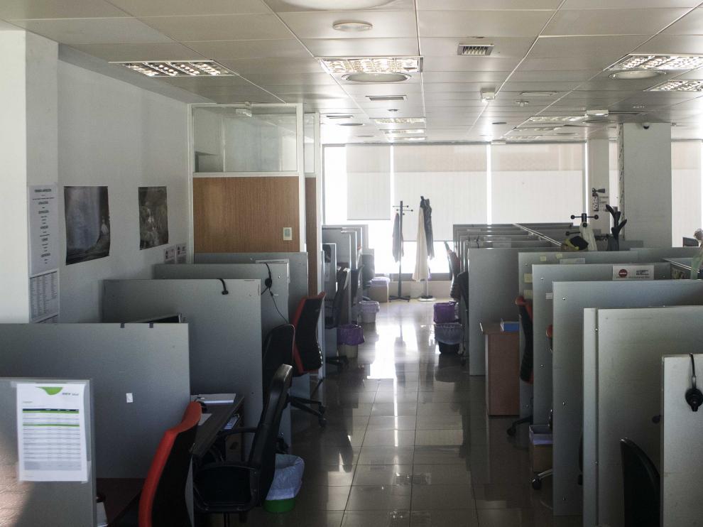 Así quedó el centro de llamadas donde operaba Licenci tras el registro y las detenciones que se practicaron el pasado miércoles.