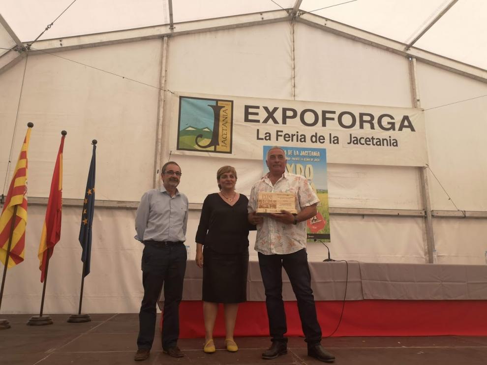 La Asociación de Criadores de Ovino Ansotano recibió el Premio Expoforga, en reconocimiento a su labor de recuperación de una raza autóctona de nuestra comarca.