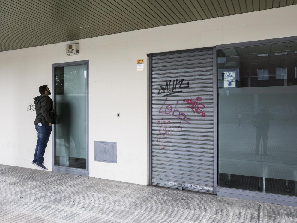 Las oficinas de la central de llamadas de la asociación Linceci en el Actur permanecen cerradas.