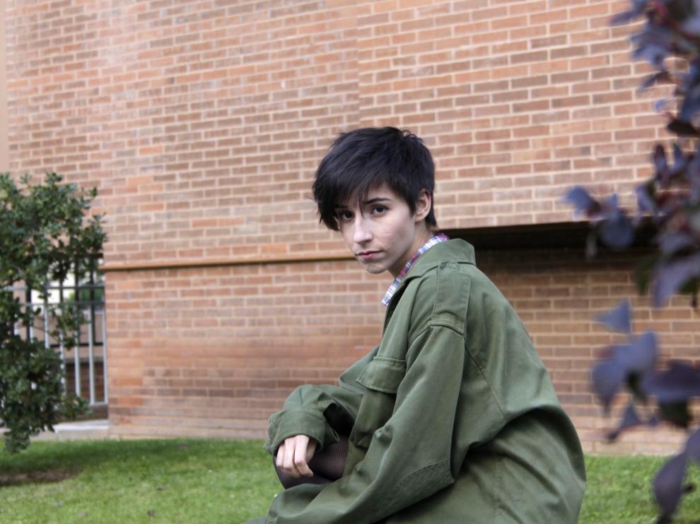 Nuria Torrelles estudia en la Escuela Superior de Diseño de La Rioja.