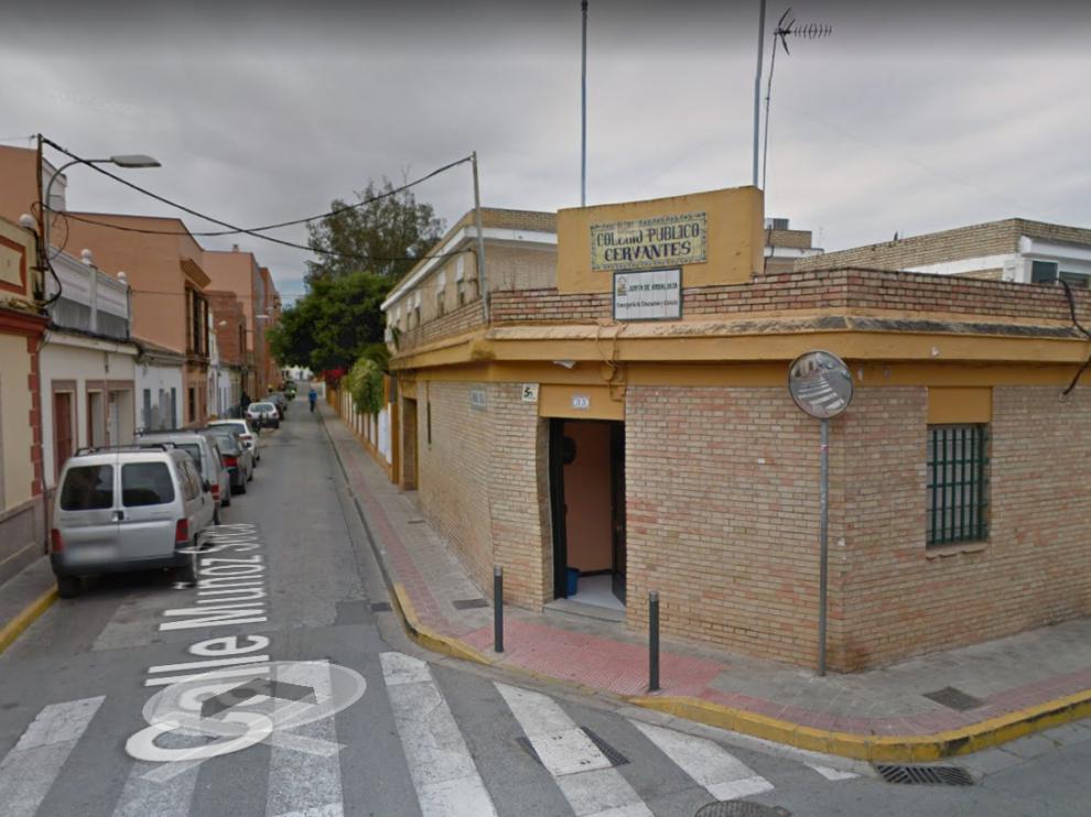 La pequeña acudía al Colegio Público Cervantes, en la localidad sevillana de Dos Hermanas.