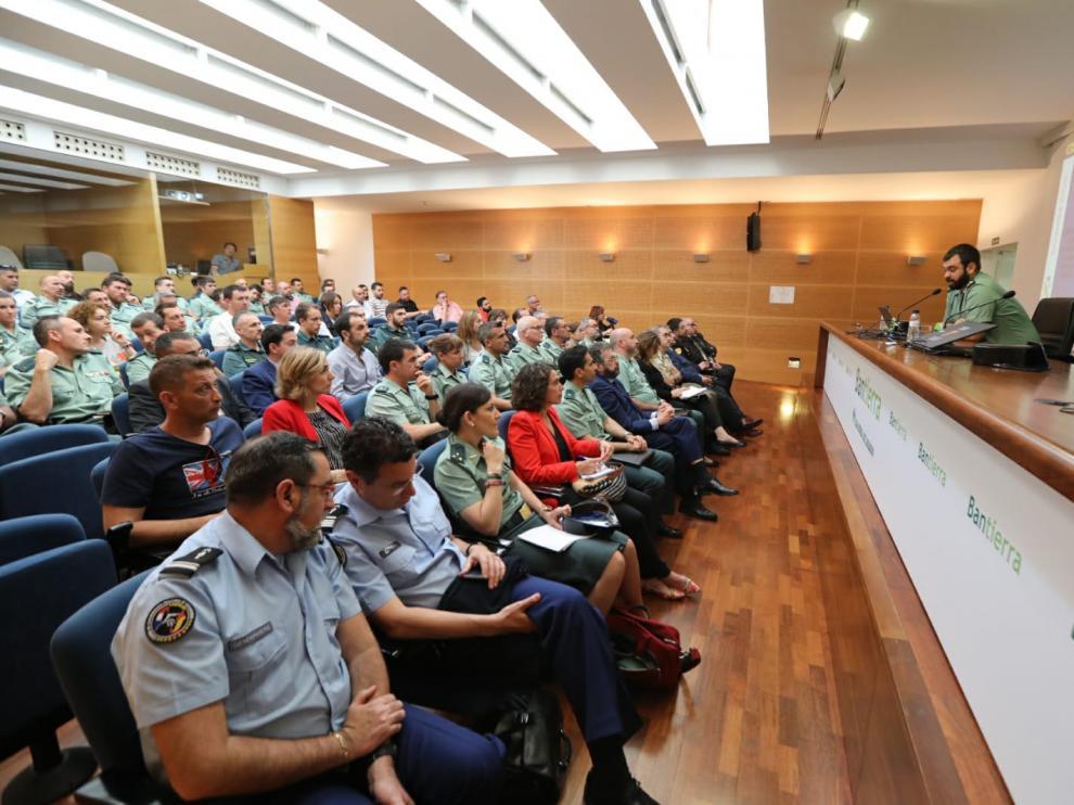 La jornada reunió a cuerpos policiales de España y Francia, miembros de la Justicia y de la DGT.