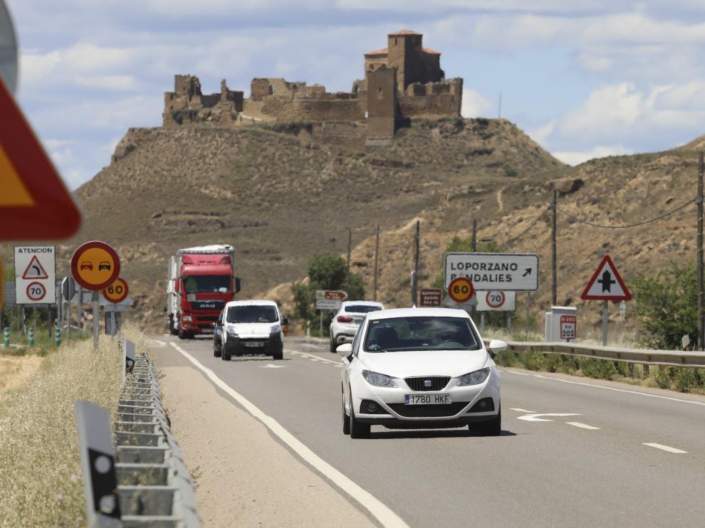 Además de rebajar la velocidad máxima de 70 a 60 km/h en el tramo, se prohíbe también adelantar.