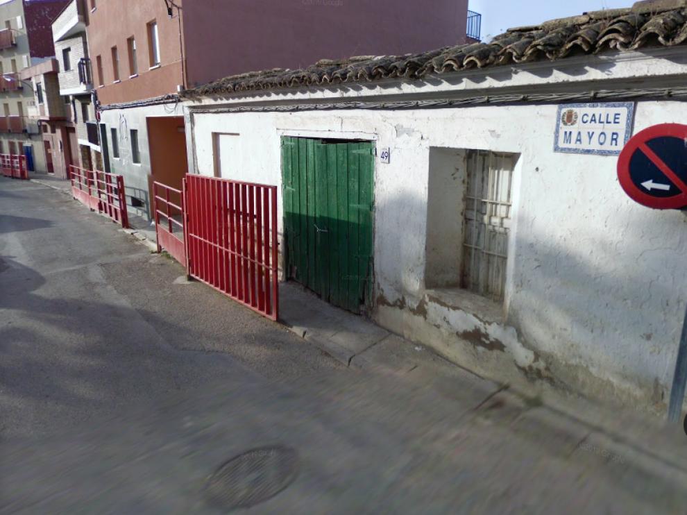 Calle Mayor de Juslibol donde ha tenido lugar la paralización del desahucio