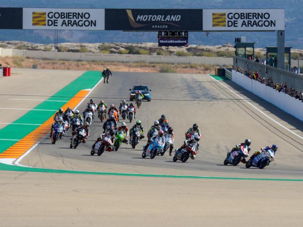 Salida de una de las carreras de la pasada edición de MotoStudent