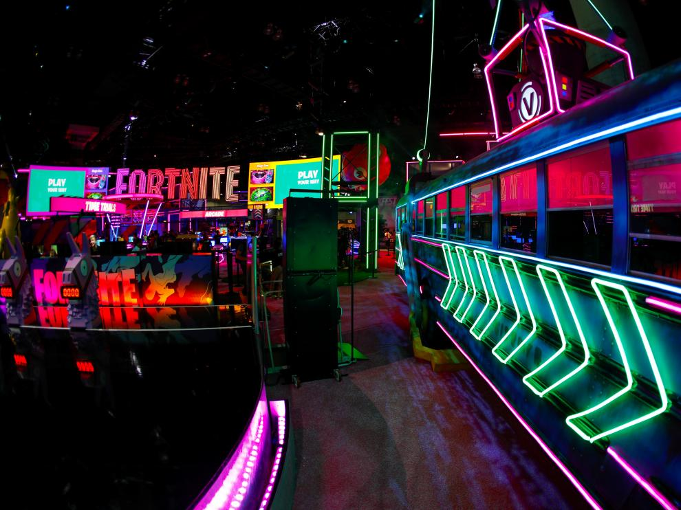 Epic Games booth for the game Fortnite is shown at E3, the annual video games expo experience the latest in gaming software and hardware in Los Angeles, California, U.S., June 12, 2019.  REUTERS/Mike Blake [[[REUTERS VOCENTO]]] GAMING-E3/