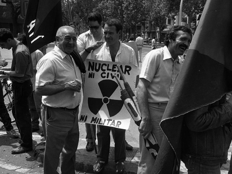 Concentración antinuclear en junio de 1986 en Zaragoza, donde apenas hubo público.