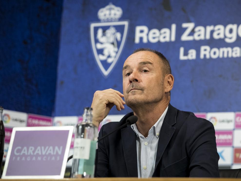 Víctor Fernández durante su última comparecencia pública, en la sala de prensa de La Romareda.