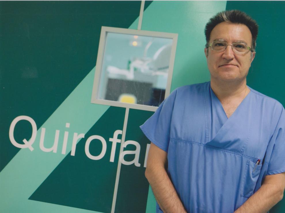 El doctor Fernando Martínez Ubieto está especializado en Cirugía de la Obesidad y Diabetes por laparoscopia en 3D.