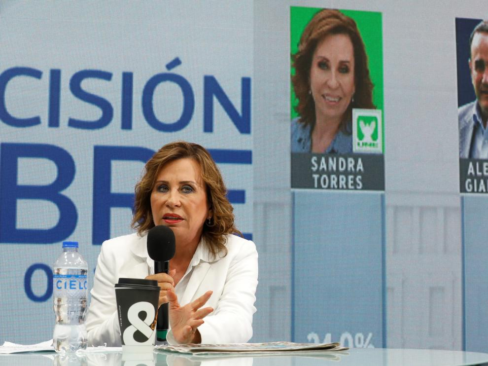 Sandra Torres, presidential candidate for the National Unity of Hope (UNE)  talks to the media following the first round of presidential election, at the official voting result center in Guatemala City, Guatemala June 17,  2019. REUTERS/Luis Echeverria [[[REUTERS VOCENTO]]] GUATEMALA-ELECTION/