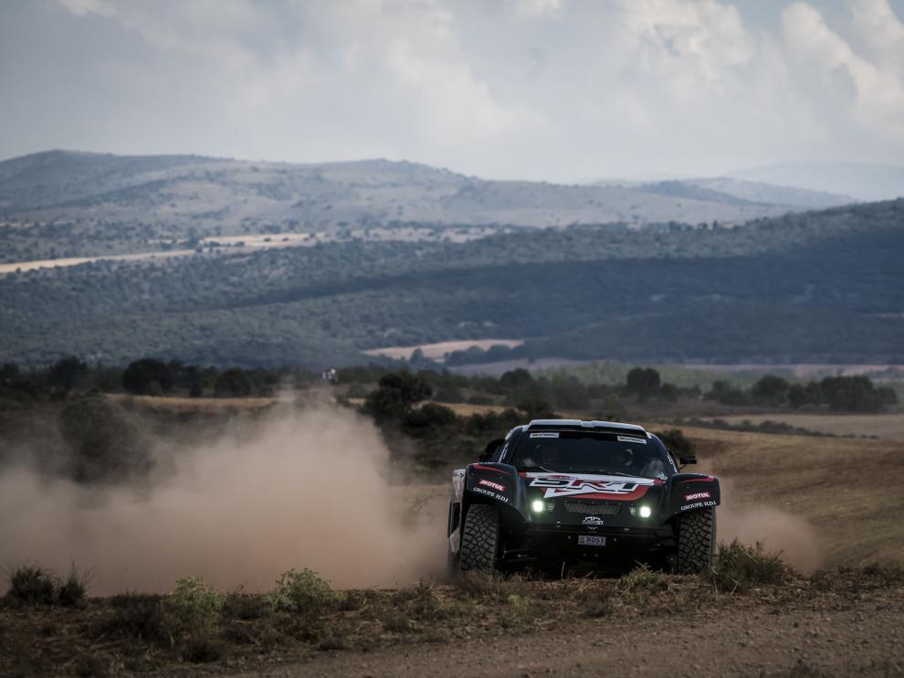 La francesa Marion Andrieu, el año pasado en la Baja Aragón en su segunda participación en la que finalizó como piloto femenina