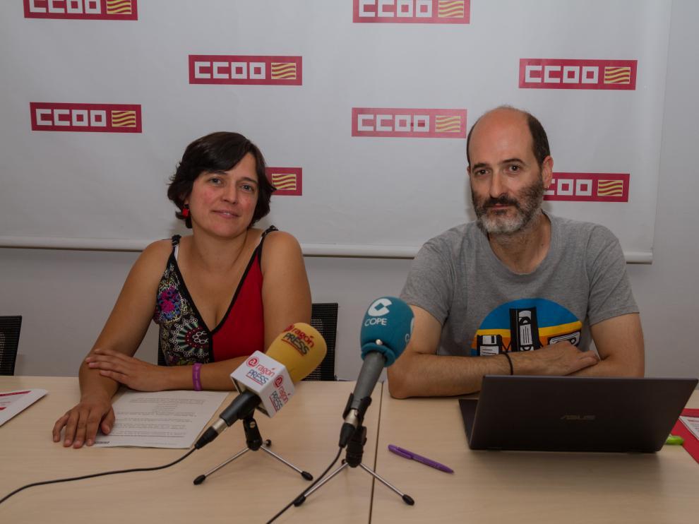 Tania Sánchez, junto a Francisco José González, en la presentación de este martes.