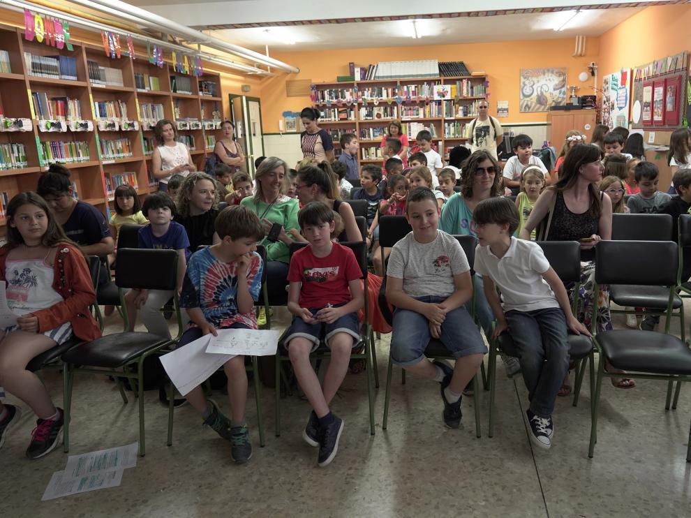 Entrega de premio del gobierno de Aragon a cuatro alumnos del colegiofuenfresca de Teruel. Foto Antonio Garcia/bykofoto. 19/06719 [[[FOTOGRAFOS]]]