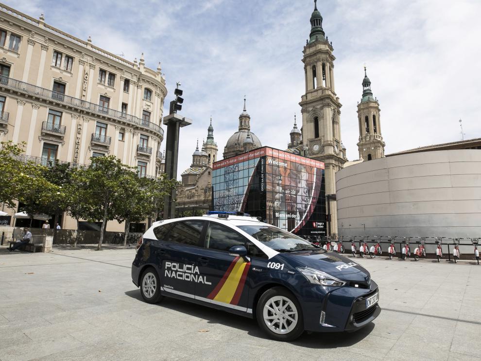Zaragoza cuenta desde este miércoles con uno de los 12 vehículos que se han repartido por España con las últimas tecnologías.