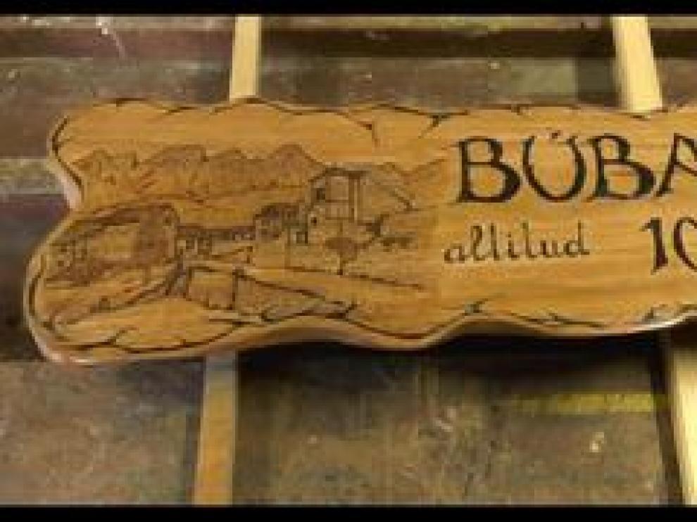 La antigua iglesia de Búbal reunió este semana a casi todos los protagonistas de la cantata 'Volver a Búbal', que narra la historia del pueblo a través de un cuento y diez canciones, un proyecto conjunto del CRA Alto Gállego (Biescas, Panticosa, Sallent de Gállego, Tramacastilla de Tena) y del CEIP Puente Sardas (Sabiñánigo).