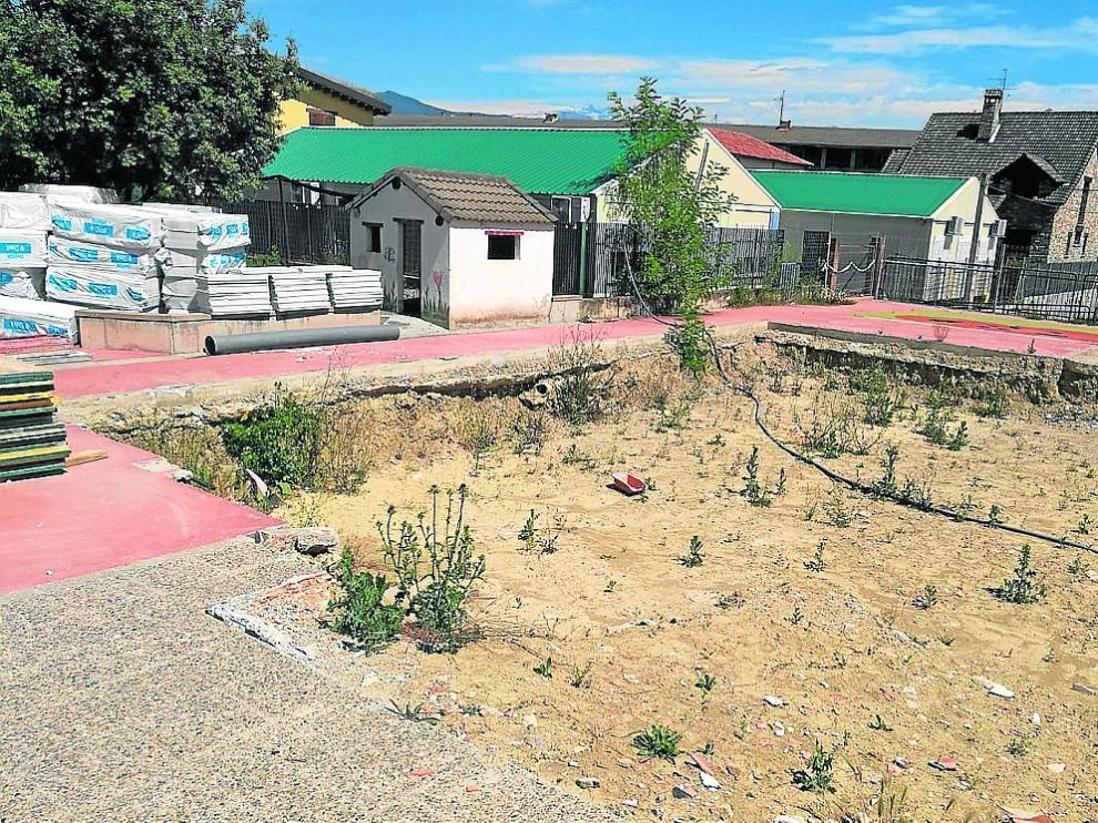 Los trabajos en el colegio de Aínsa, que aún no han empezado, deben estar finalizados  en diciembre