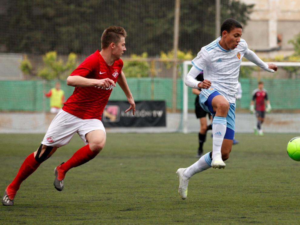 Mateo Mejía, en el partido ante el Spartak de Moscú cadete.