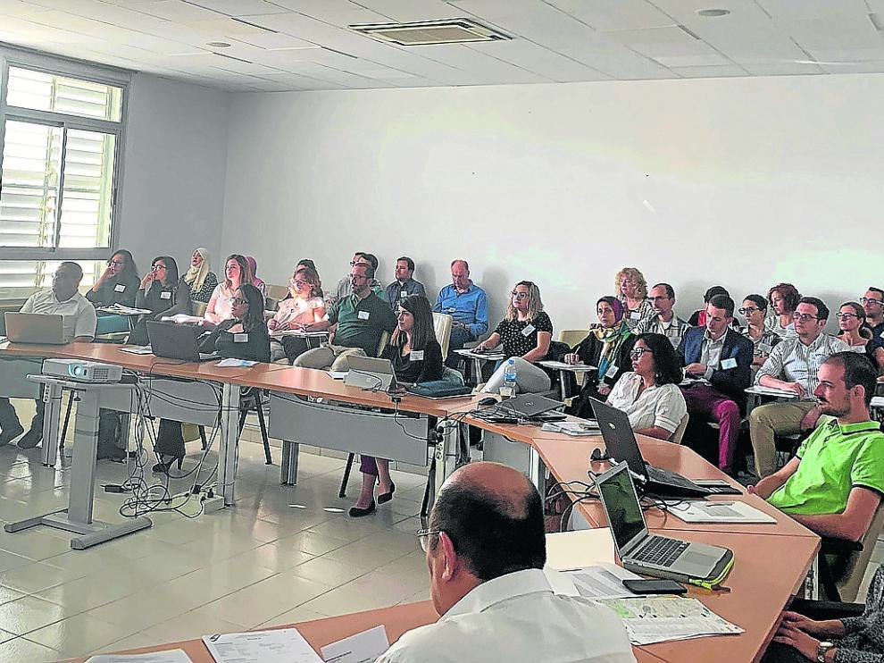Los alumnos durante el curso de 'Big data' impartido por IAMZ.
