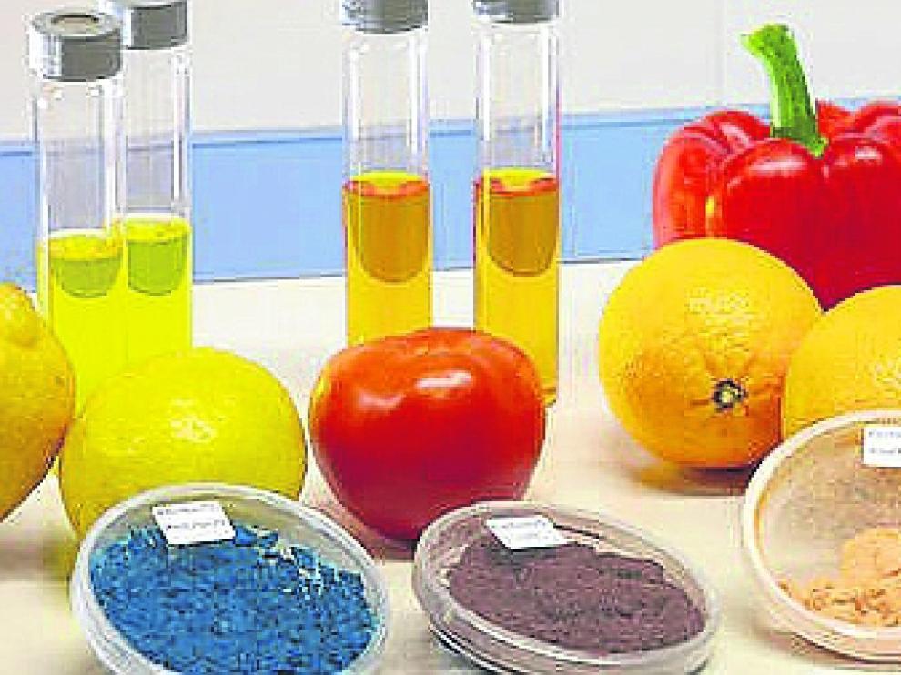 Frutas y verduras, y sus subproductos, están entre las principales materias primas con la que se investiga la fabricación de nuevos productos de mayor valor.