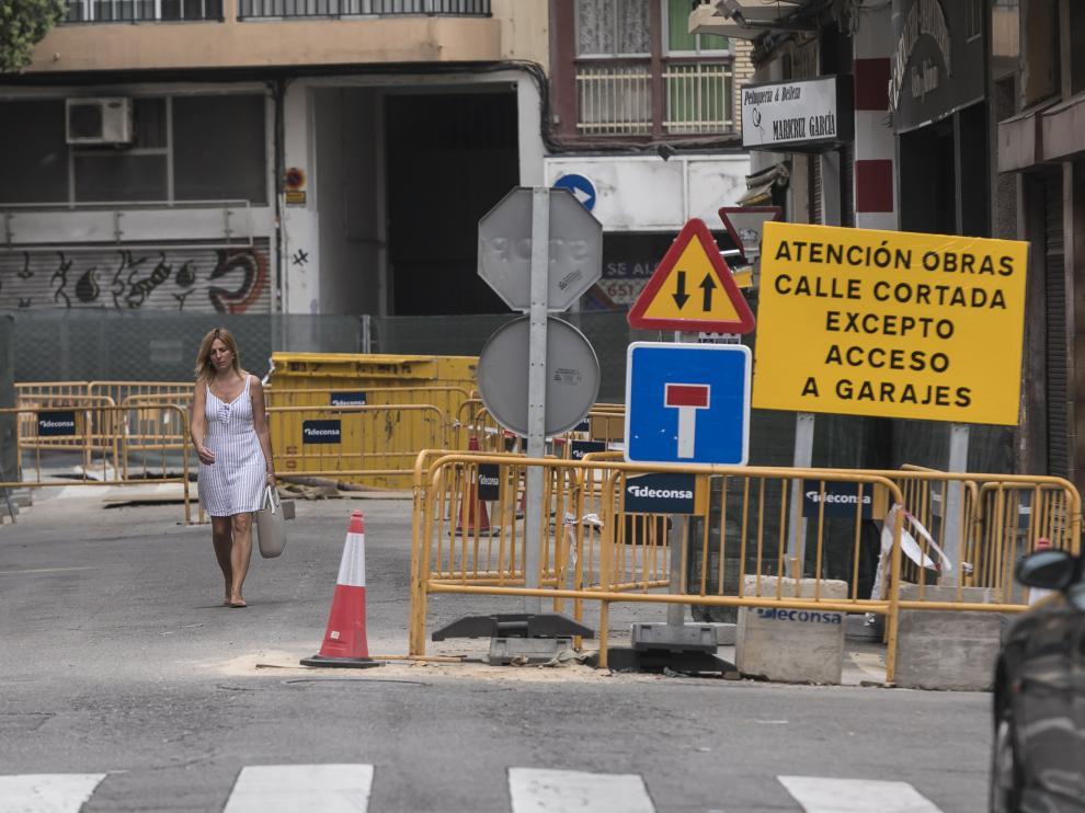 Las obras en la calle de Matheu, en el Arrabal, comenzaron en abril.
