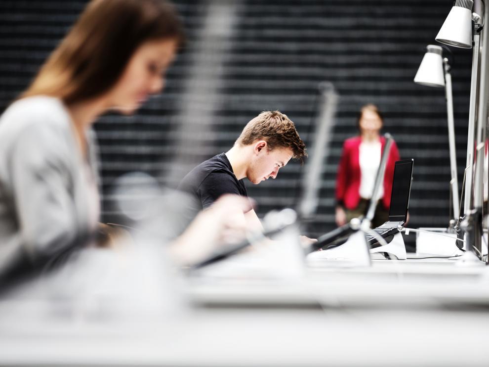 Cisco becas para jóvenes que busquen una oportunidad laboral en el sector TIC.
