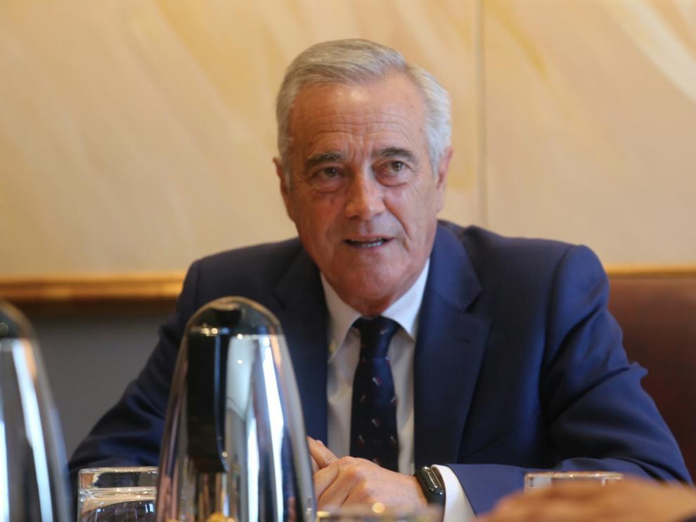 Javier Sada, en la primera reunión de la Mesa de las Cortes.